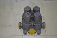 Клапан воздушный 4-х контурный (под штуцеры M16) SHAAANXI 1S41703561500 (AZ9100360067/WG9000360366)