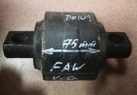 Сайлентблок V-образной тяги D=108x75mm, между ДЦО 153mm FAW J5